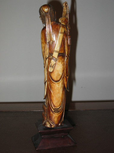 Statuette Chinoise Ivoire 1.JPG