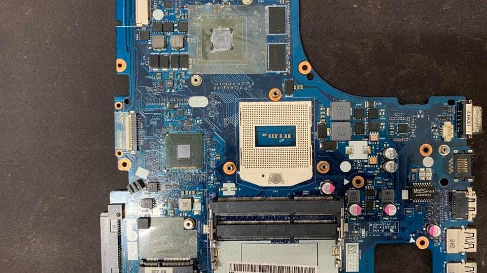 Mainboard เมนบอร์ดดี Lenovo มือสอง รุ่น Z510 AILZA NM-A181 Rev:1.C