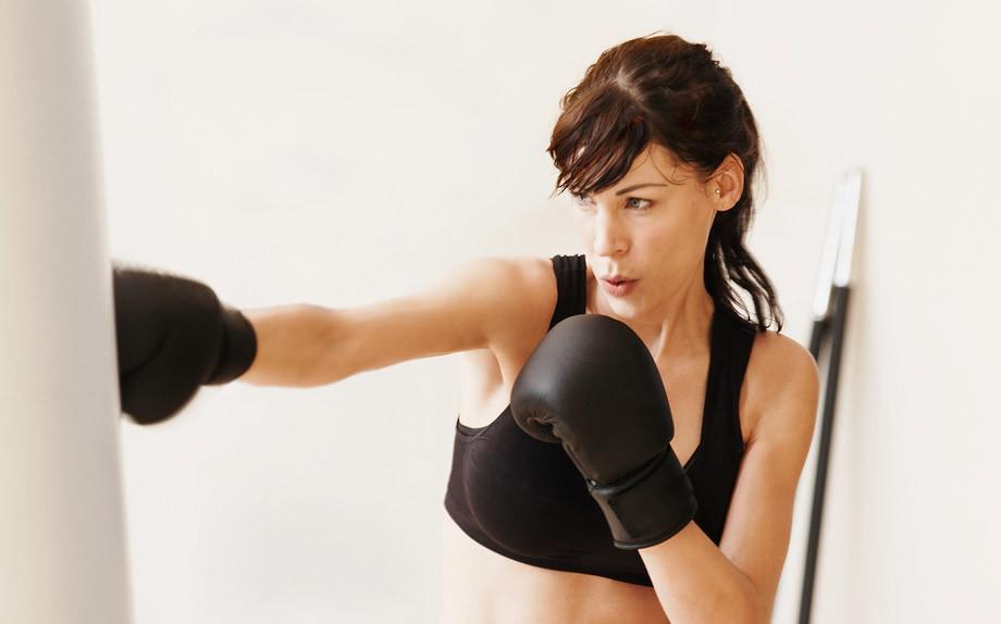 http://www.glamour.it/benessere/fitness/2017/03/10/tecniche-autodifesa-femminile-tu-quale-scegli/