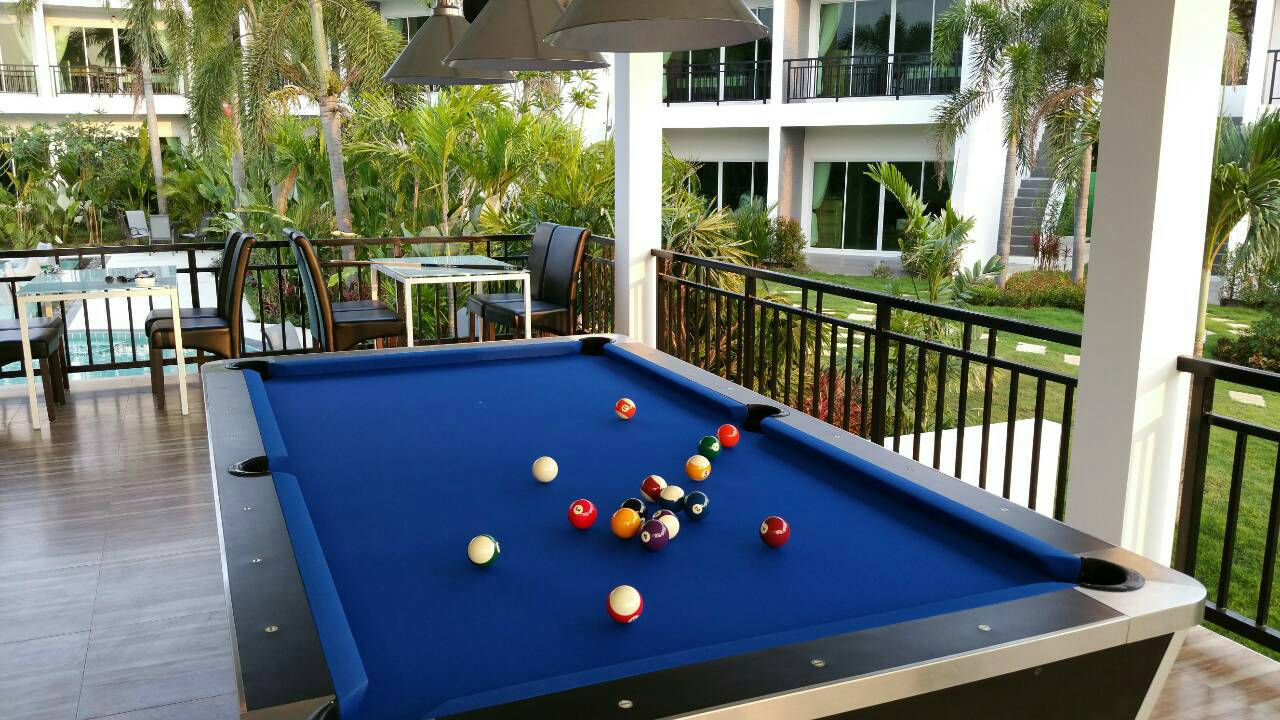 Pool Table/Billiard