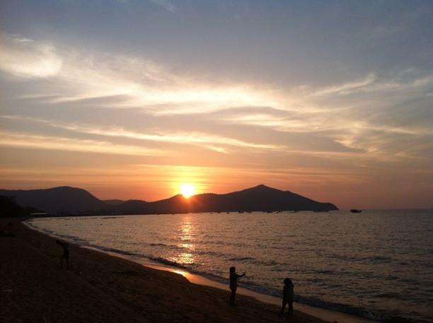 Bangsaray Beach near the Serenity Resort Private Villa in Pattaya