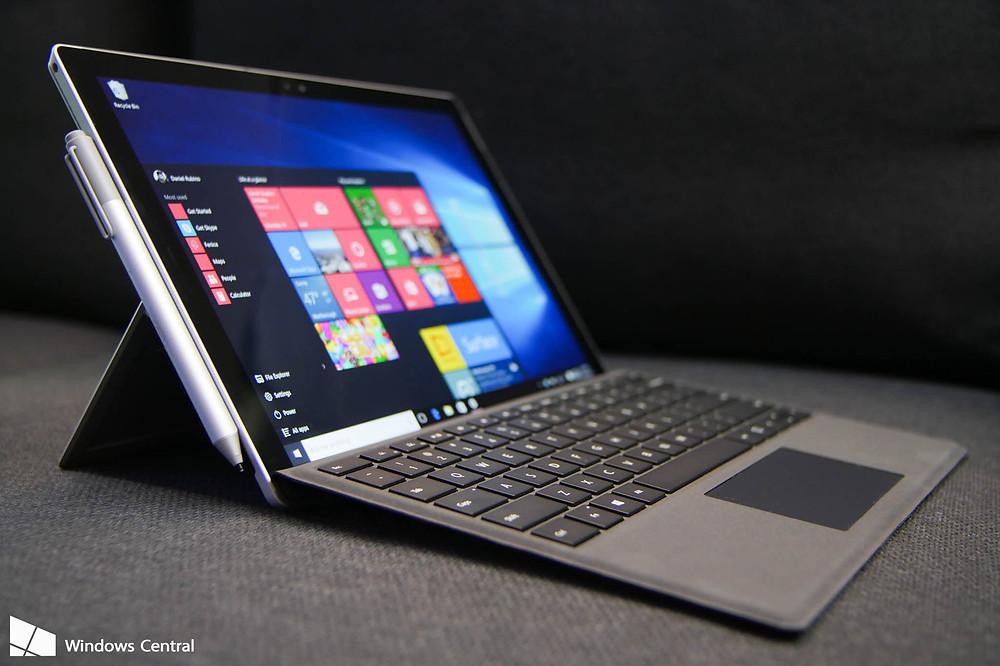 Năm trước, công ty đã sử dụng vải tổng hợp Alcantara từ Italy trên bàn phím Type Cover dành cho máy tính bảng Surface Pro 4.