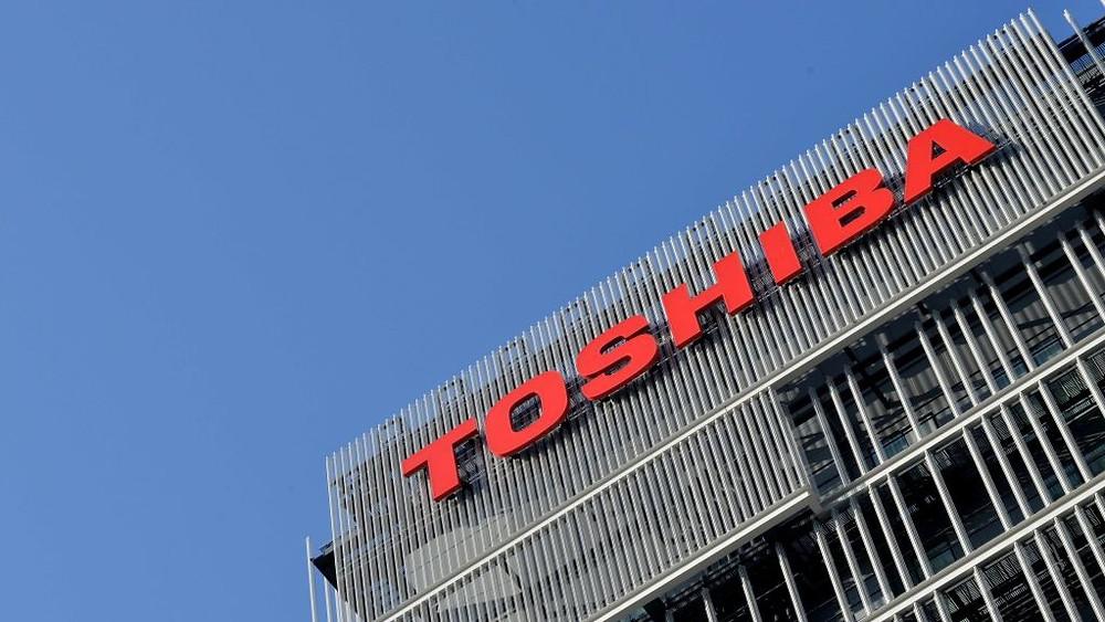 Toshiba ký thỏa thuận bán mảng chip cho nhóm Bain với giá 17,7 tỷ USD.