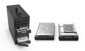 "SR8-TB3 hỗ trợ 8 HDD hoặc SSD 3.5""/2.5"" SAS/SATA."