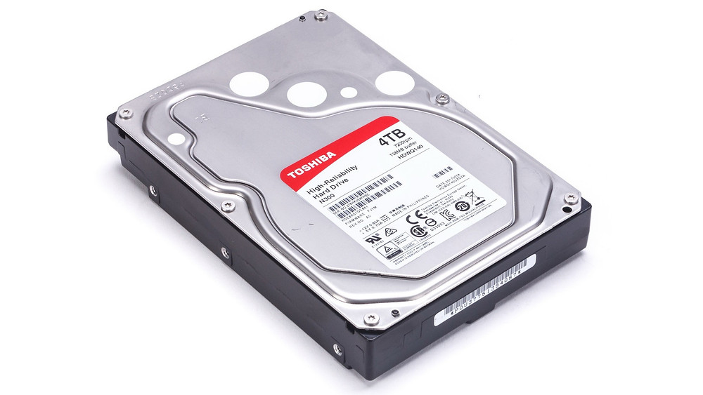 Các ổ cứng NAS, chẳng hạn như ổ cứng Toshiba N300 và ổ cứng camera giám sát, thường tích hợp các cảm biến rung.