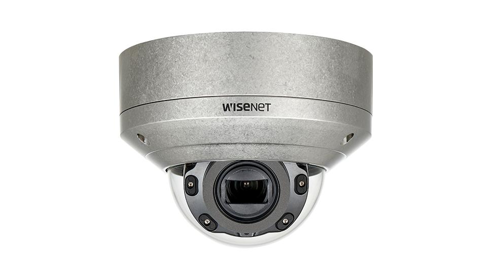 Wisenet XNV-6080RS: Camera dome thép không gỉ IP IR 2MP, ống kính thay đổi tiêu cự.