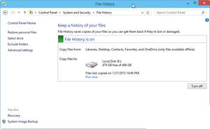 Bạn có thể lên lịch tự động sao lưu Windows 10 bằng cách sử dụng tính năng File History.