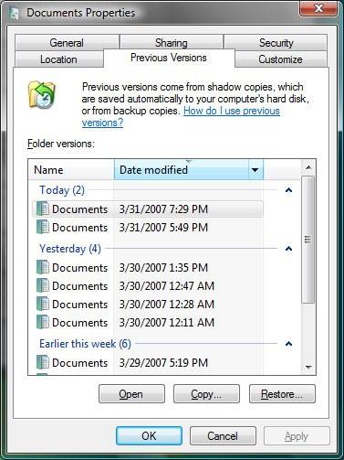Dùng System Restore để khôi phục dữ liệu đã xóa.