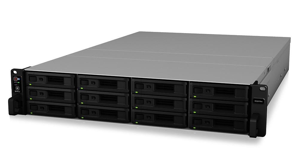 Synology RackStation RS3618xs: Máy chủ NAS dạng rack 12 khay HDD/SSD.