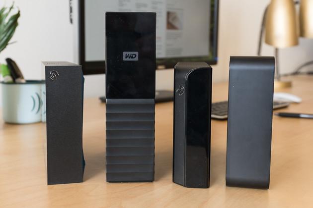 Từ trái sang phải: Seagate Backup Plus 2015, Western Digital My Book, Seagate Backup Plus 2016 và Toshiba Canvio For Desktop.