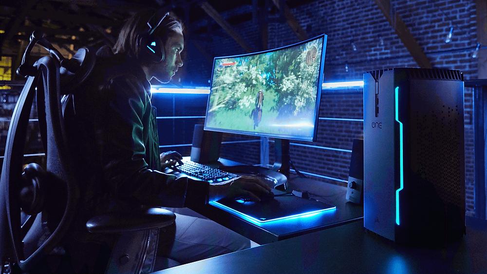 Corsair ra mắt máy tính để bàn đầu tiên của mình, Corsair One.