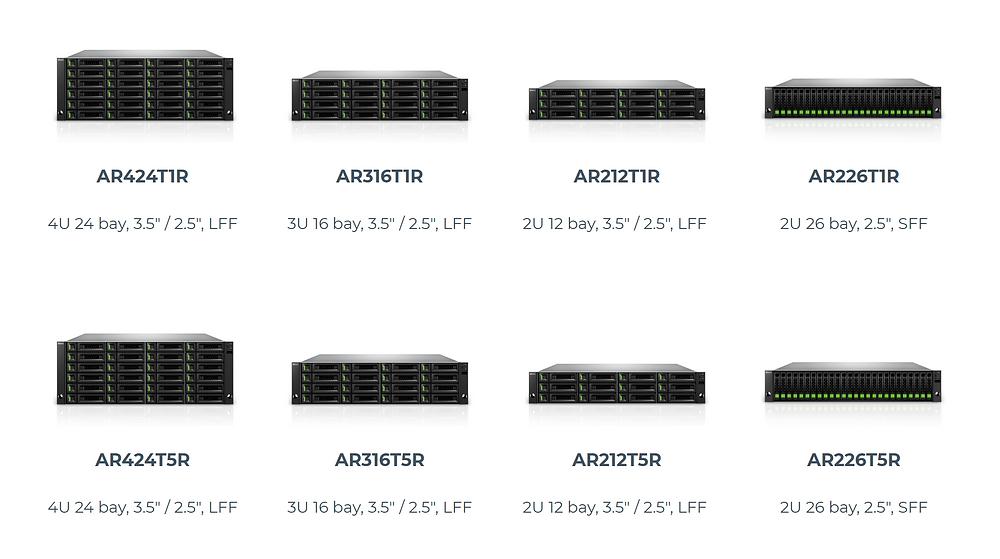 Hệ thống máy chủ SAN AccuRAID 1 series (hàng trên) và 5 series (hàng dưới).