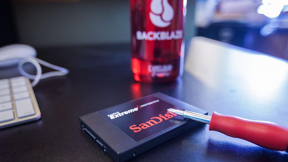 Thủ thuật khắc phục sự cố ổ SSD.