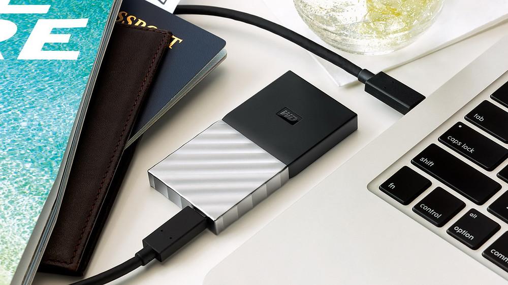 WD lần đầu tiên giới thiệu SSD di động với tốc độ bằng ổ đĩa gắn trong.