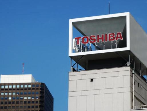 Foxconn chi 27 tỷ USD để mua lại mảng chip nhớ của Toshiba
