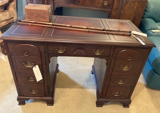 George III Style, Mahogany kneehole desk by John Wanamake, Philadelphia & New York (1950)
