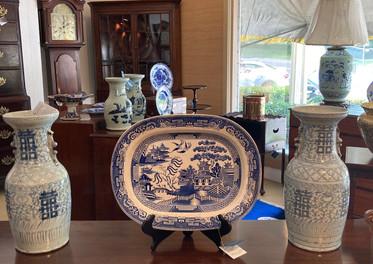 Blue & white vase/ Blue & white platter/ Wedgewood flow blue plate/ Celdadon vase, 14' inch