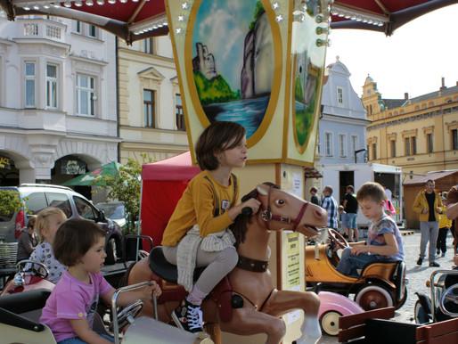 Trhy navštívila i princezna Husopaska