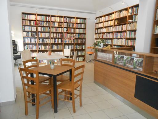 Knihovna v Liběchově otevřela výdejní okénko