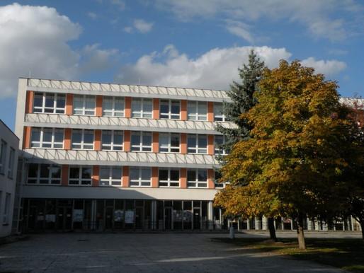 Den otevřených dveří na ZŠ Generála Klapálka v Kralupech nad Vltavou bude on-line