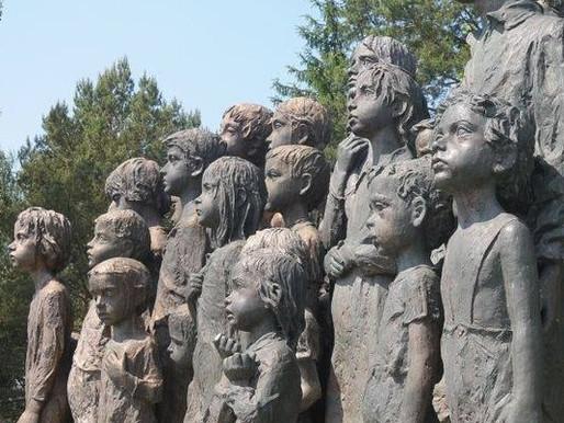 Dnes si připomínáme oběti největší genocidy dvacátého století