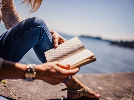 Z deníku Knihomolky: Čtení knih je adrenalin a někdy to dost bolí