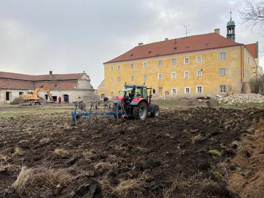 Jak pokračují práce na proměně kláštera na Pšovce v domov pro seniory?