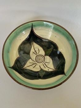 Trillium bowl
