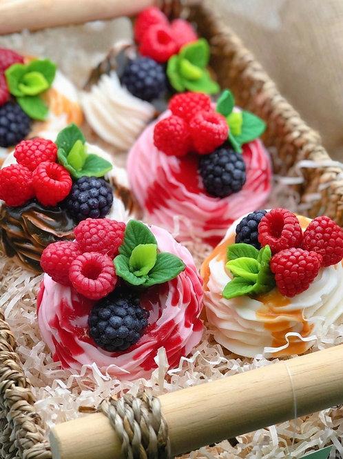 «Безе с ягодами»