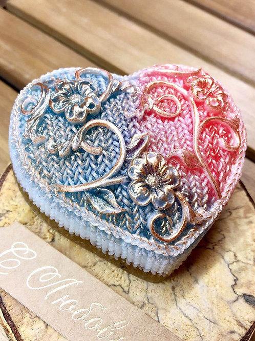 """""""Сердце с цветами"""" мыло ручной работы"""