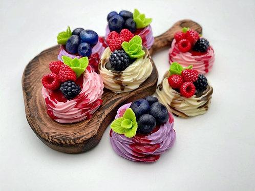 Мыло «Безе с ягодами»