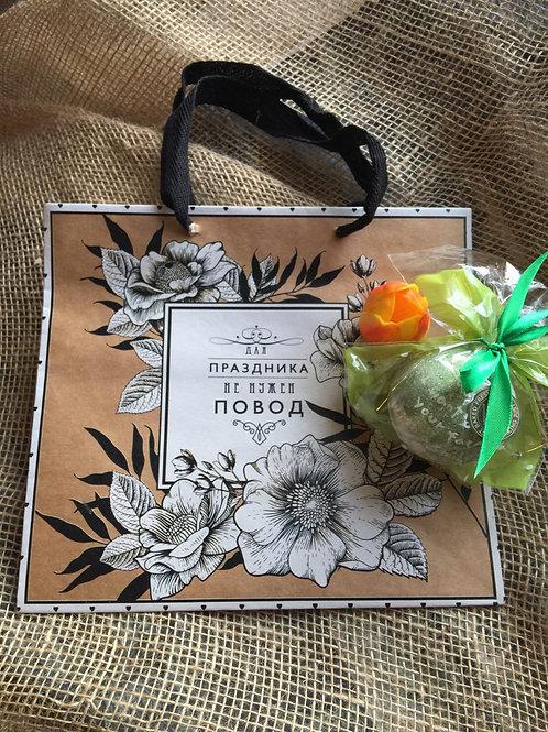 Пакет подарочный «Для праздника не нужен повод»