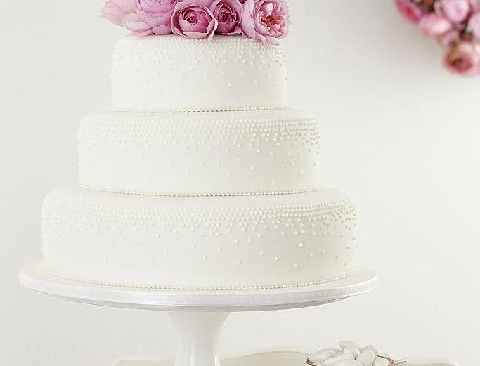 customised cake & wedding cake