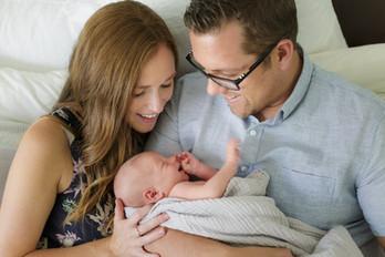 lifestyle-newborn-family-photography