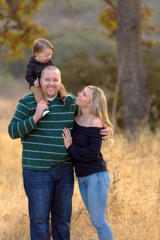 family photo session in Westlake Village with LoLo Spencer Photography