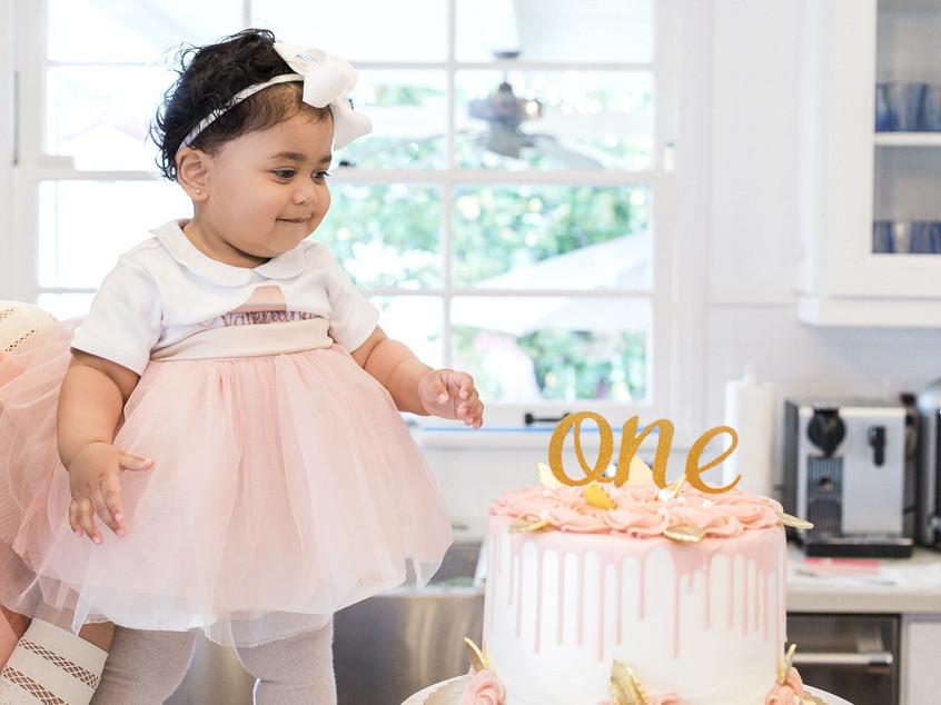 baby's-first-birthday-photo-shoot