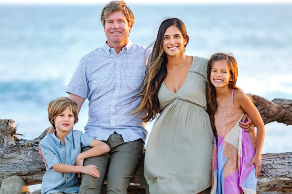 family photo session at Surfer's Point in Ventura with LoLo Spencer Photography