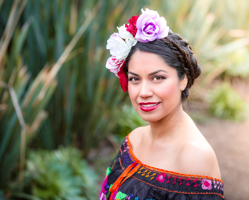 mexican-maternity-photo-shoot-at-arlington-garden-pasadena