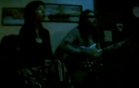 Video of Iris kiss at the Laughing Goat Cafe (01/26/2020)