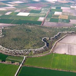 The Island of Gla: A Mycenaean Mystery Solved?
