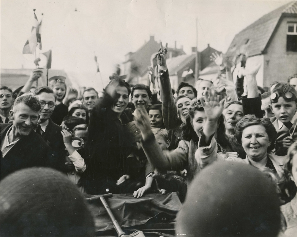 Celebrations at the end of WWII