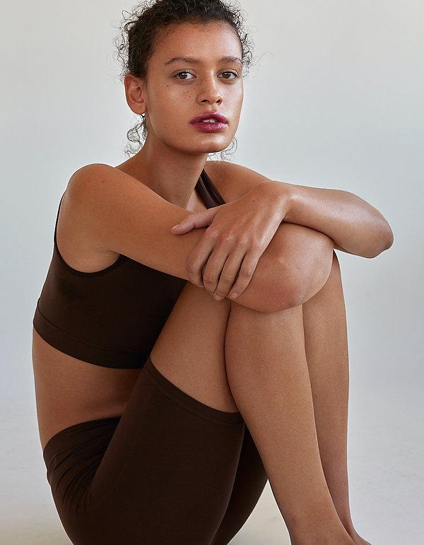 Valerie Ntantu_Mila van der Horst by Dil