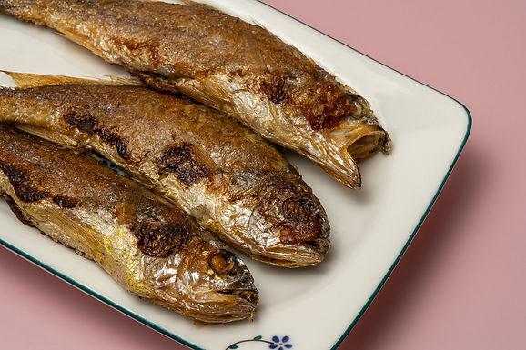 酥炸原條小黃花魚