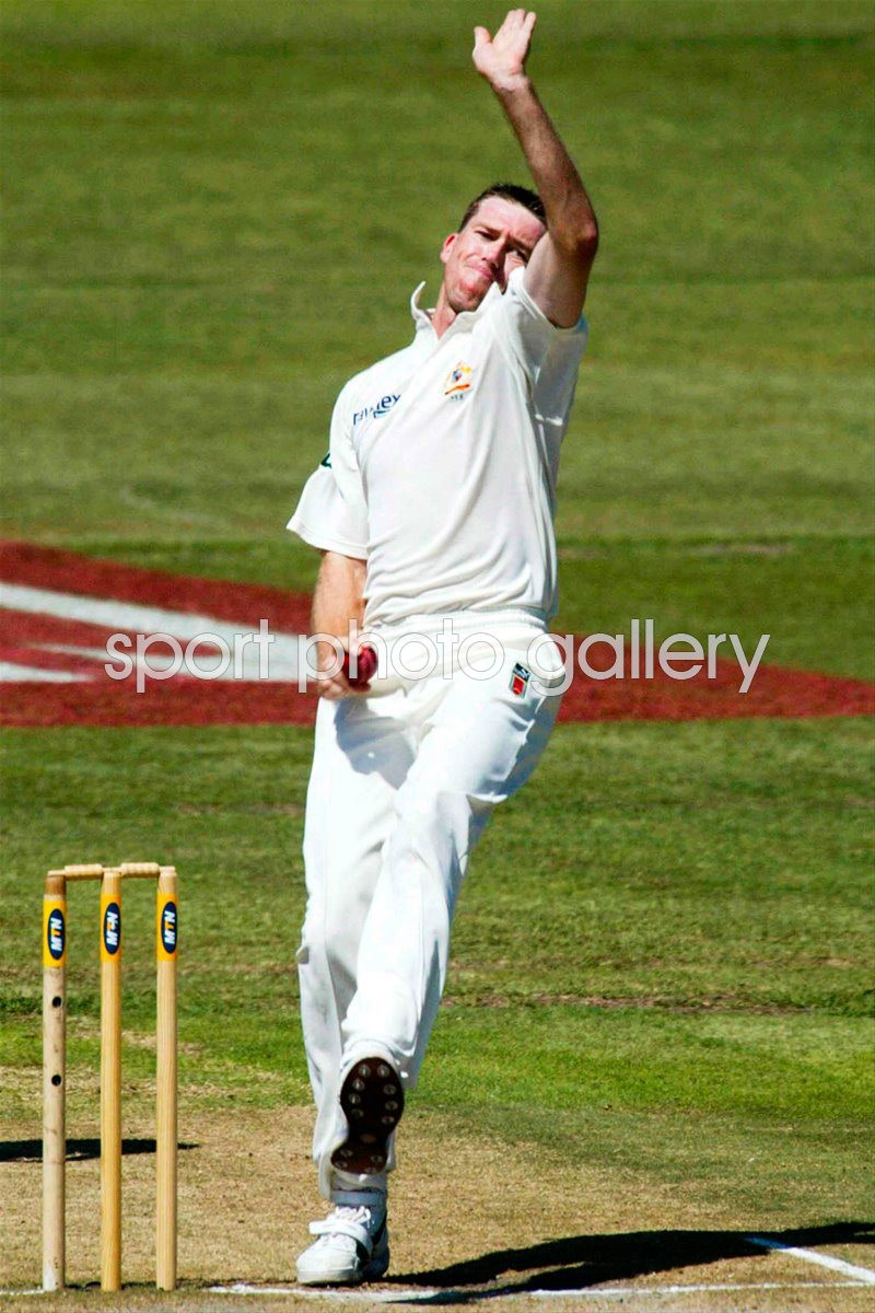 Glenn McGrath Semi-Open bowling action