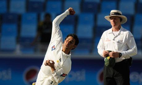 Pakistans-Saeed-Ajmal-007.jpg