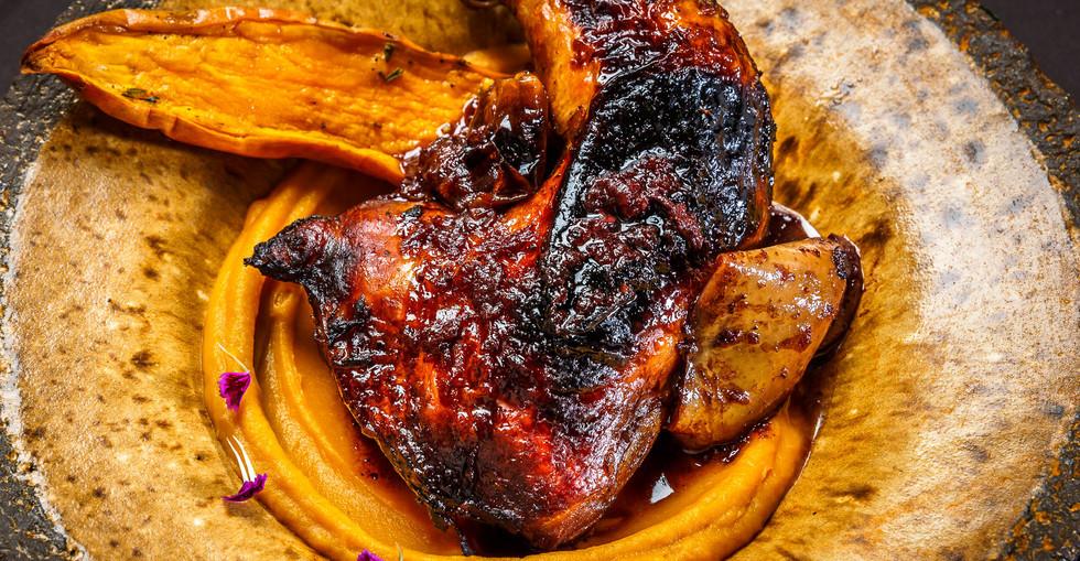 עוף בתנור וקרם כתום