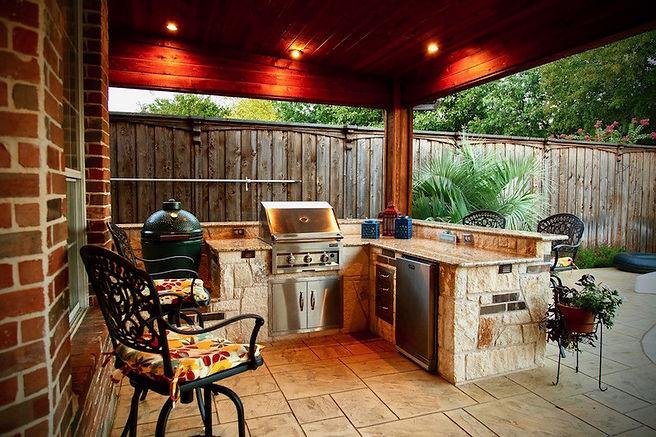 outdoor-kitchen-kamado-style.jpg