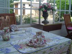 Petit-déjeuner dans la veranda Domaine Le Parc