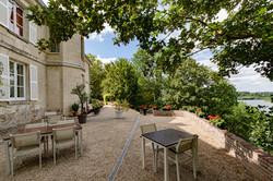 La terrasse côté Vallée de l'Oise Domaine Le Parc