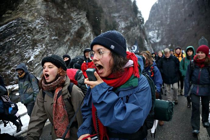 200119-Strike-WEF-hike-day-1-Kristian-Bu